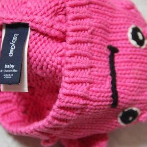 414b2d977f9 GAP Accessories - HOST PICK Gap Knit Fish Hat for baby